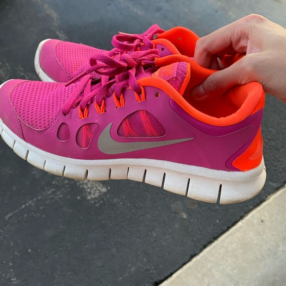 Nike Shoes | 65 Youth But Would Fit